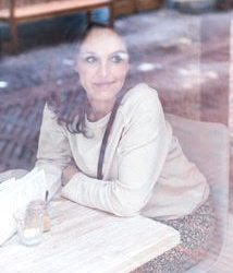Simone Rayer – Familieopstelling voor aging women